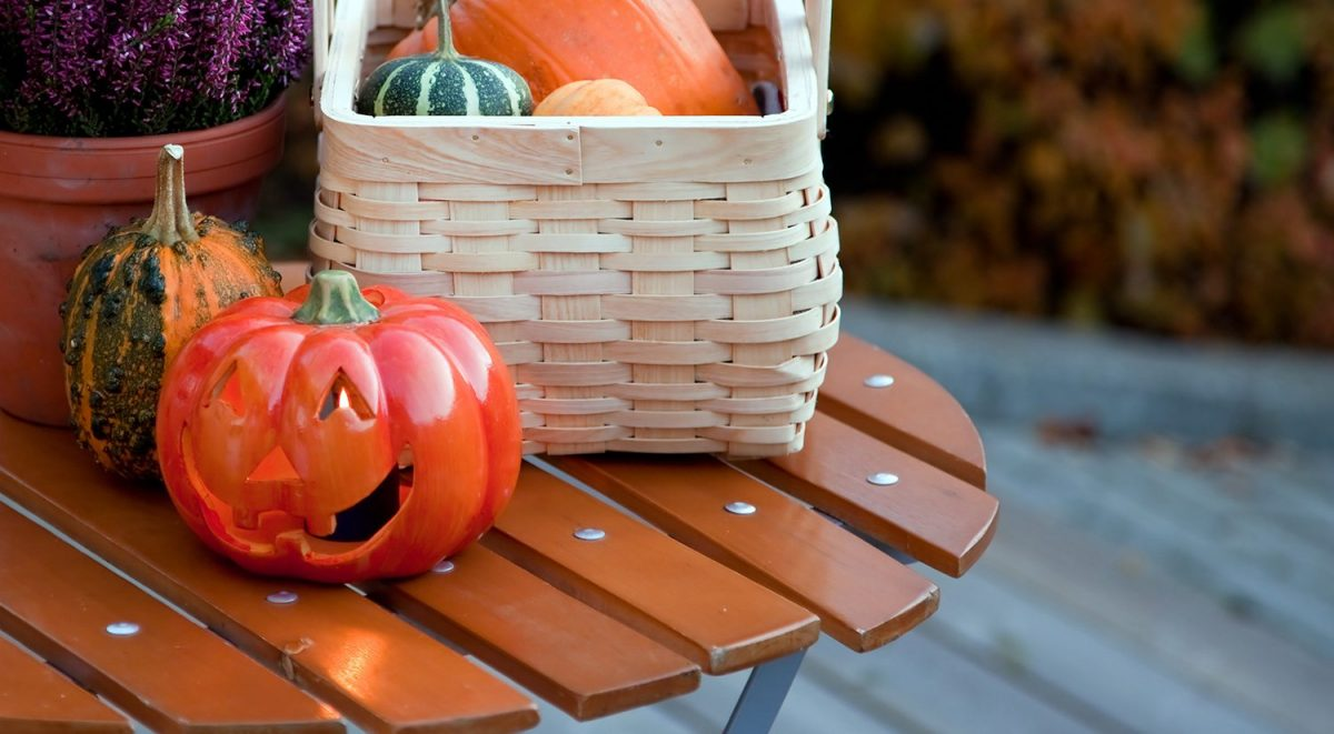 Deck Design Ideas: 4 Easy Tips for Decorating Your Deck for Fall