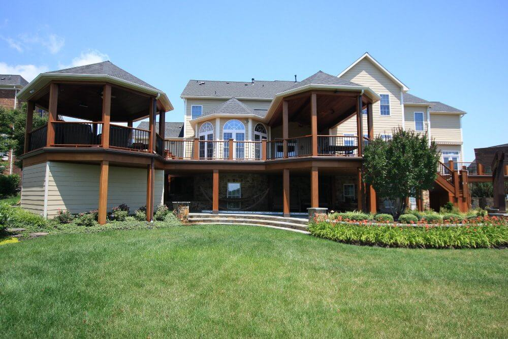 aluminum decking and waterproof deck drainage system on aluminum deck from Wahoo Decks