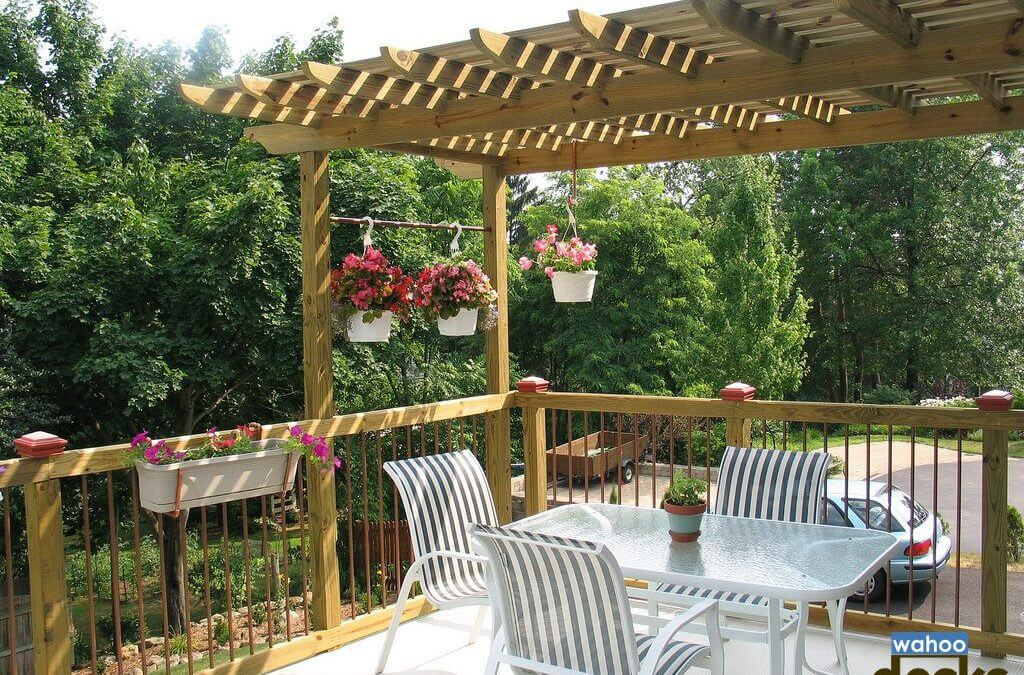 3 Reasons a Pergola is Perfect for Your Deck