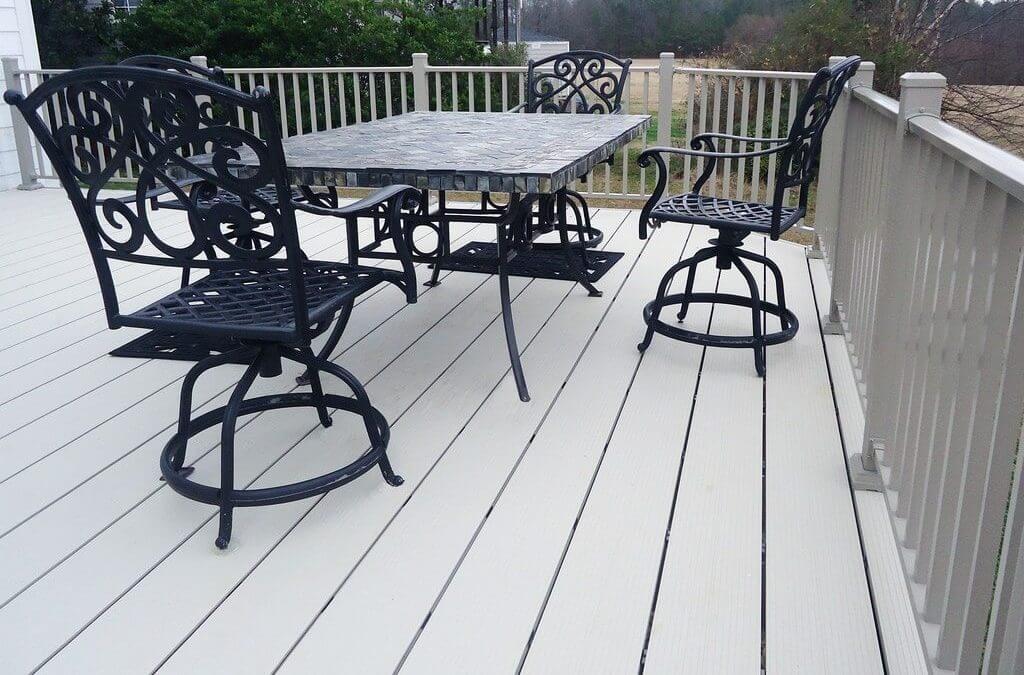 fortis aluminum decking with aluminum deck rail