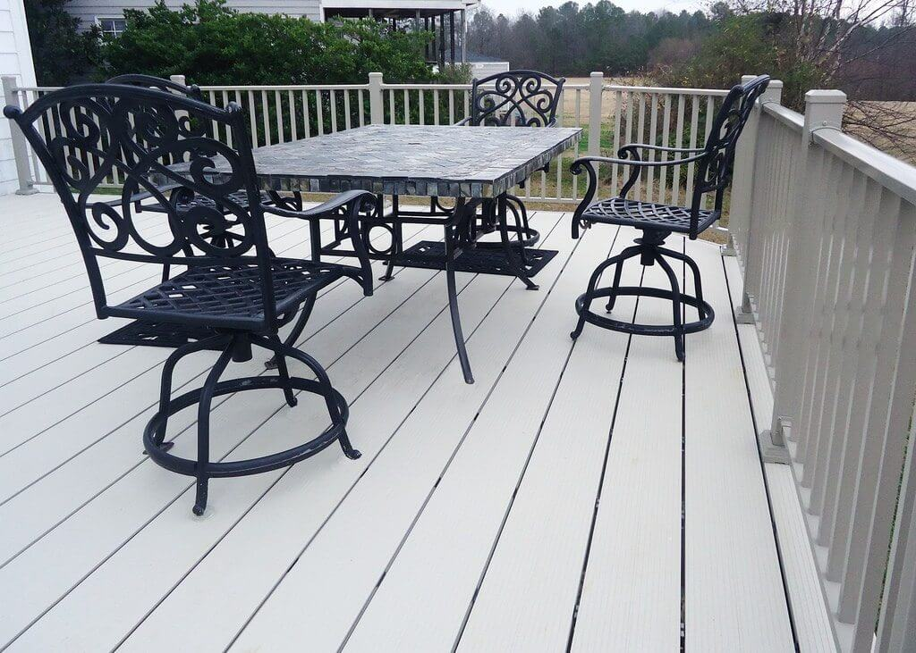 fortis aluminum decking with aluminum deck rail