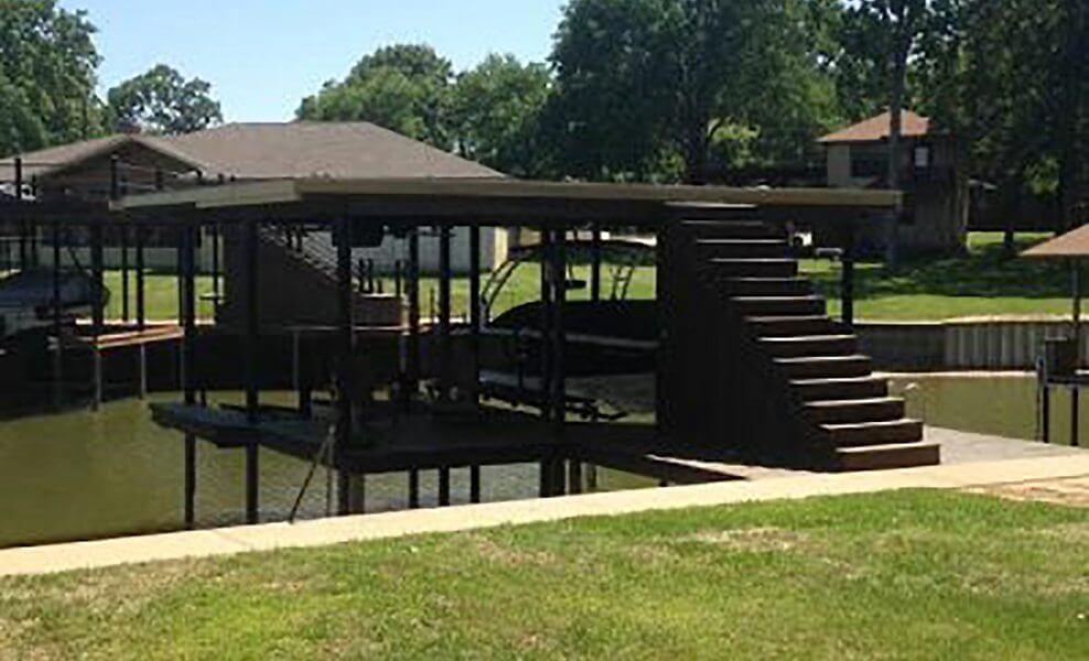 Aluminum Dock Decking: Texas Dock Owner Refurbishes Rotting Dock with AridDek Aluminum Decking | Wahoo Decks