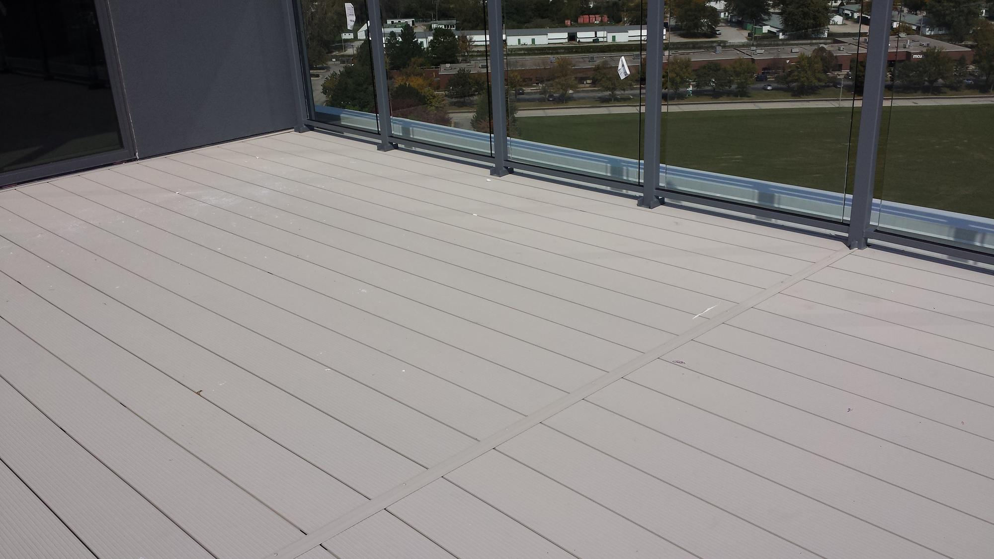 Fortis aluminum decking aluminum deck boards wahoo decks for Aluminum flooring