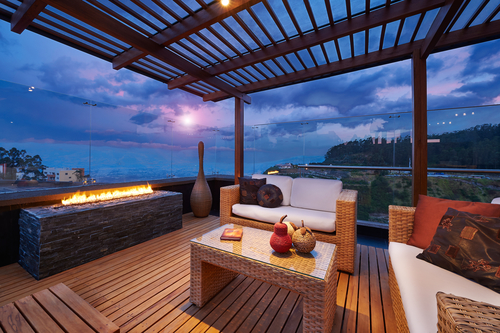 How to Create Your Dream Outdoor Living Space on Your Deck