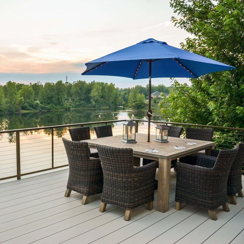 Fortis Aluminum Decking Dock With Table And Chairs