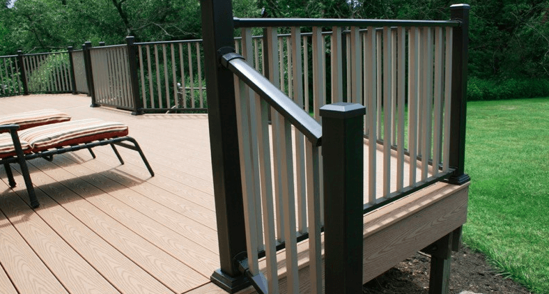 What Is the Best Deck Railing to Use on Commercial Decks?